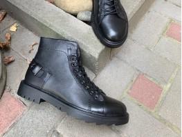 Ботинки кожаные черные Stronger на меху
