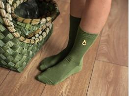 Носки с вышивкой авокадо