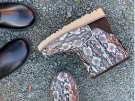 Сапоги кожаные бежевые (питон) на меху