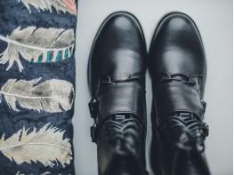 Ботинки кожаные черные World на байке