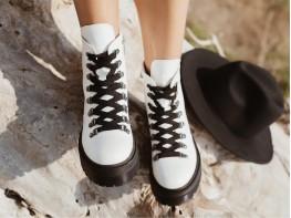 Ботинки кожаные белые на меху