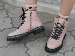 Ботинки кожаные розовые на байке