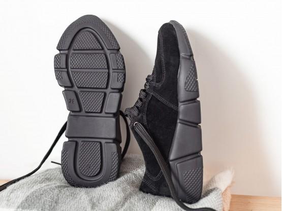 Кроссовки черные замшевые (черная подошва) Easy Going на кожаной подкладке
