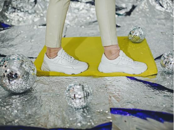 Кроссовки кожаные белые (перламутр) на кожаной подкладке
