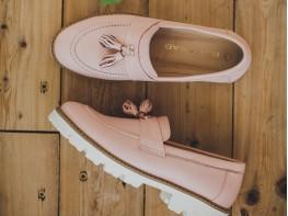 Лоферы кожаные розовые (пудра) Monaco на кожаной подкладке
