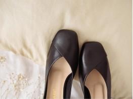 Туфли кожаные черные на каблуке без подкладки