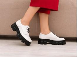 Туфли кожаные белые на кожаной подкладке