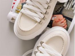 Туфли кожаные бежевые на кожаной подкладке