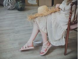 Босоножки кожаные розовые (пудра) Afina
